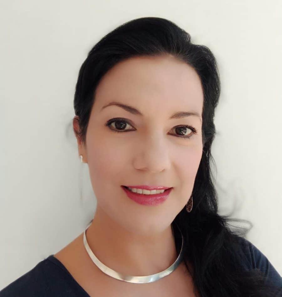 Dra. Beverly Hernnadez